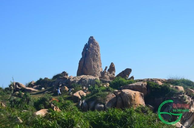 Hình 4. Tháp đá Mũi Kê Gà