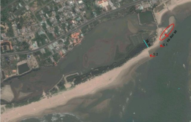 Hình 8. Bờ tây cửa Lộc An biểu hiện xói lở