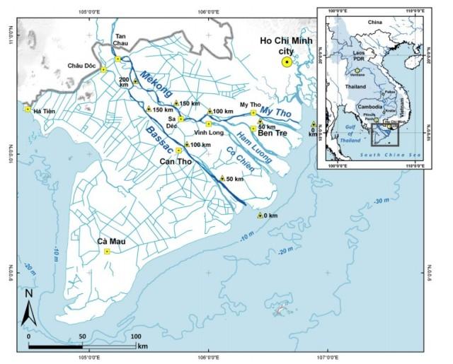 Hình 1: Đồng bằng sông Cửu Long với sông Tiền (Mekong) và sông Hậu (Bassac)