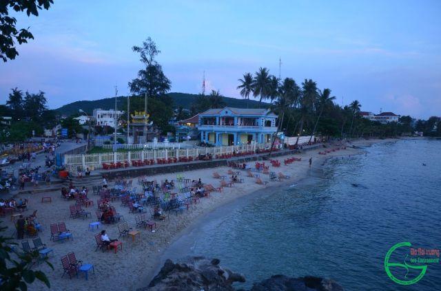 Hình 5. Bãi biển Dinh Cậu