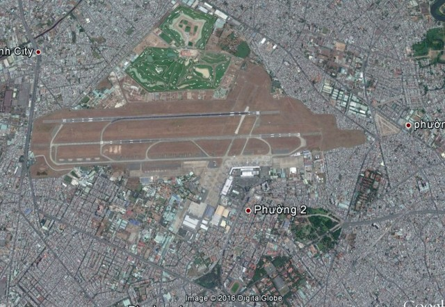Hình 7. Ảnh Google Earth khu vực Tân Sơn Nhất ngày 24 tháng 3 năm 2015