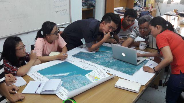 Trao đổi với nhóm 3_KHMT về các công trình bờ biển